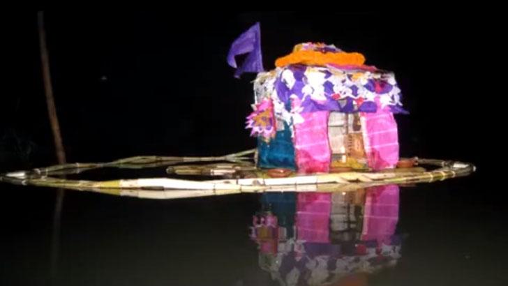 বিক্রমপুরের 'ভেলা ভাসানি' উৎসব