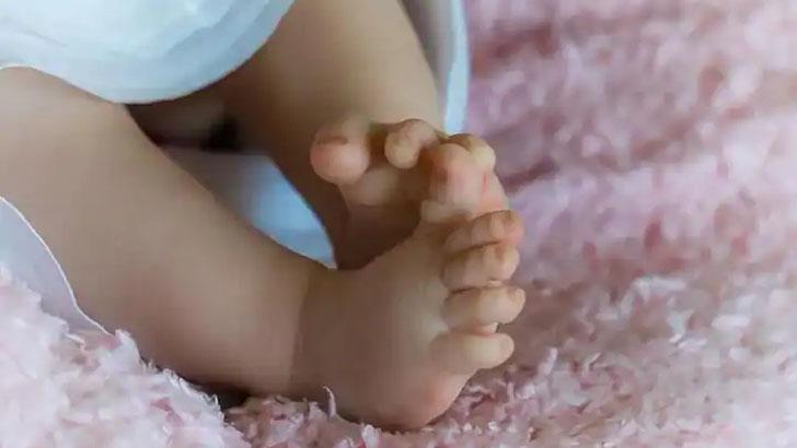 সন্তান জন্ম