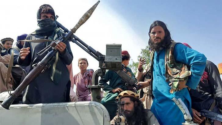 'মানুষ হত্যা করবেন না', তালেবানের উদ্দেশে আফগান প্রতিরক্ষামন্ত্রী