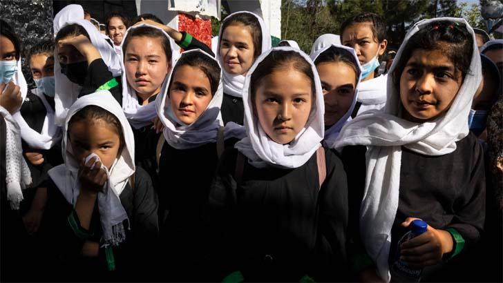 আফগানিস্তানে স্কুলেও নারী নিষিদ্ধ