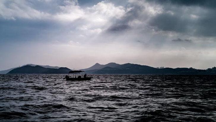 কঙ্গোতে নৌকাডুবিতে শতাধিক নিহত