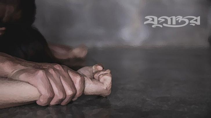 পোশাক কারখানার বাথরুমে পরিছন্নকর্মীকে ধর্ষণ