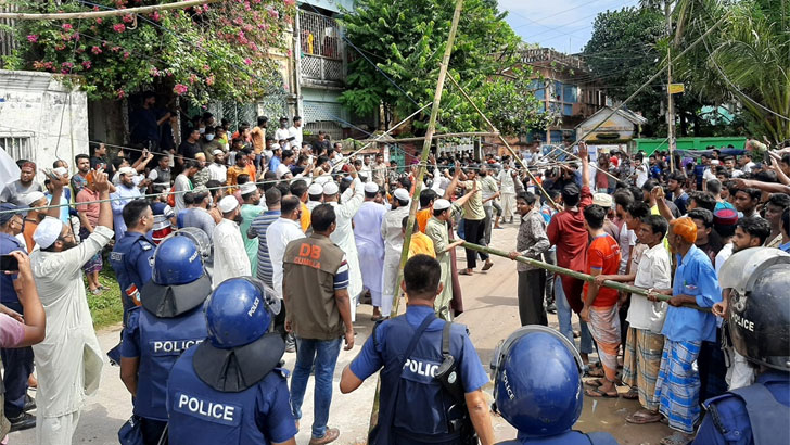 একমাস ধরে কুমিল্লার ঘটনার পরিকল্পনা হয়েছিল 'লন্ডনে'